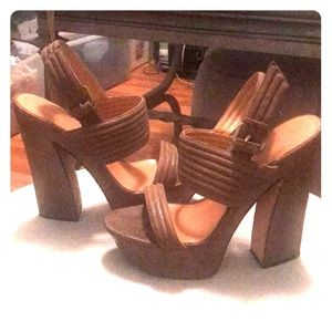 Designer Sandals by LAMB, Size 9